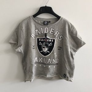 Raiders grey cropped short sleeve sweatshirt NWT